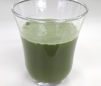 ユーグレナの緑汁 抹茶仕立て水割り